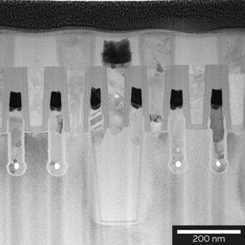 STEM-BF image of an 80 nm-thick TEM specimen from a DRAM 65 nm node prepared with Xe plasma FIB.